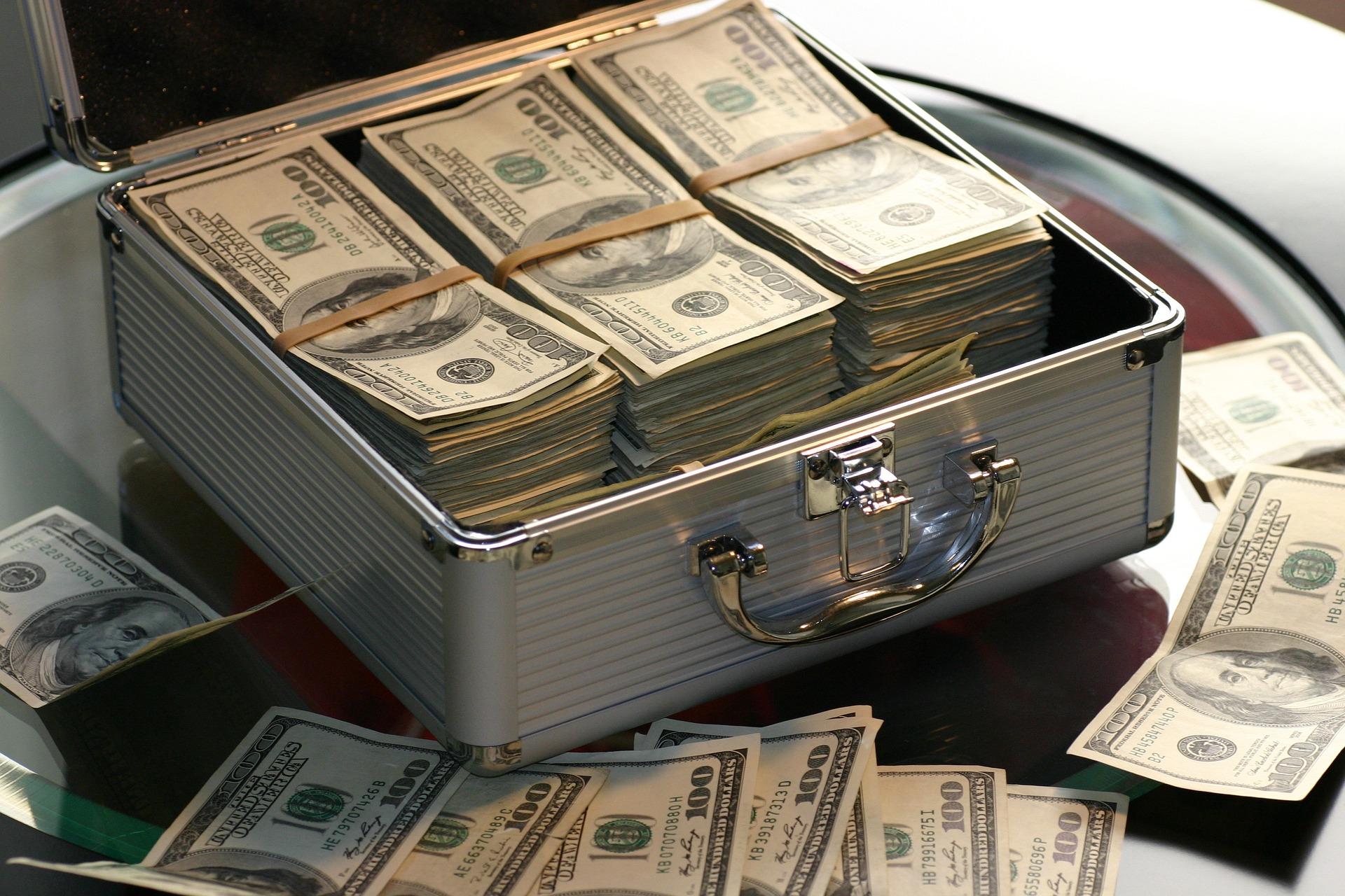 money 1428587 1920 1